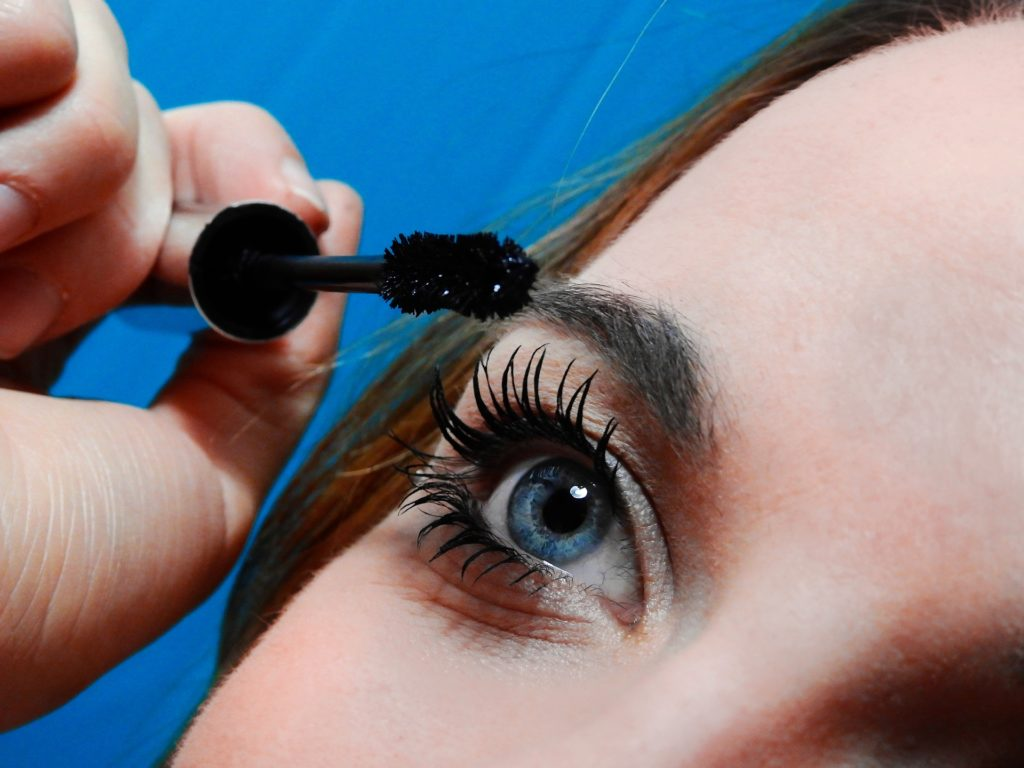 677ce9f8546 I have tried so many mascaras in my lifetime. It's the one item that I am  always a fan of experimenting with. From prestige to drugstore mascaras, ...